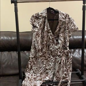 Brown and white dress size 20w